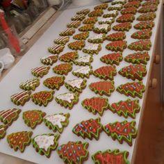 Rögtön puha karácsonyi mézeskalács, ennél részletesebb, pontosabb recepttel még nem találkoztam! - Bidista.com - A TippLista! Recipies, Strawberry, Fruit, Christmas, Basket, Recipes, Xmas, Strawberry Fruit, Navidad