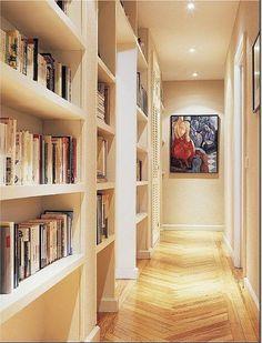 Estanterías en el pasillo.   Decorar tu casa es facilisimo.com