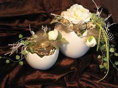 - Lilly is Love Easter Egg Crafts, Easter Eggs, Cardboard Christmas Tree, Easter Egg Designs, Egg Art, Easter Celebration, Deco Table, Big Flowers, Happy Easter