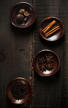 Brown | Buraun | Braun | Marrone | Brun | Marrón | Bruin | ブラウン | Colour | Texture | Pattern | Style | spices
