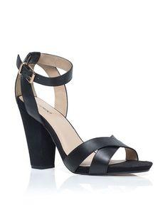 Monroe Sandal