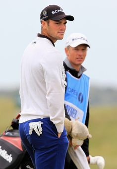 As I always tell my hubby ... I can tell Martin Kaymer from the front.... or the back.
