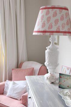 nice diy shade idea  |  The Enchanted Home: Bloggers beautiful abodes.....Mel of Georgica Pond!