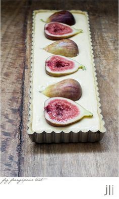 Fig Frangipane Tart Photo: This Photo was uploaded by leiboffj. Find other Fig Frangipane Tart pictures and photos or upload your own with Photobucket f. Sweet Pie, Sweet Tarts, Fig Recipes, Dessert Recipes, Fig Tart, Frangipane Tart, Sydney Food, Just Desserts, Food Inspiration