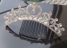 Wedding/Bridal crystal veil tiara comb ,so beautiful