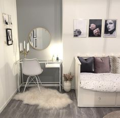 [New] The 10 All-Time Best Home Decor (Right Now) - On A Budget by Jennie Cross - Inspo for cute study or work desk in the bedroom Bedroom Decor For Teen Girls, Room Ideas Bedroom, Small Room Bedroom, Simple Room Decoration, Cute Room Decor, Living Room Sofa, Home Living Room, Aesthetic Room Decor, Cozy Room