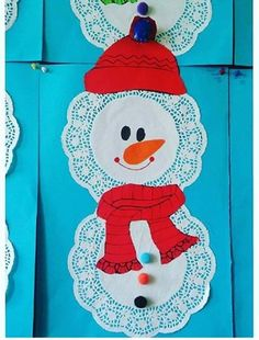 Winter craft and project idea for preschoolers Snowman Crafts, Project Ideas, Projects, Homeschool, Winter Craft, Christmas Ornaments, Holiday Decor, Disney Characters, School Ideas