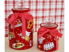 decoupage Bottles And Jars, Glass Bottles, Mason Jars, Diy Painting, Painting On Wood, China Cabinet Makeovers, Jar Art, Jar Lids, Jar Crafts