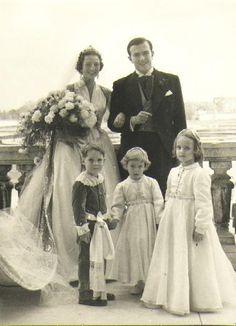 Royal Weddings, Georgia, Germany, Statue, Princess, Wedding Dresses, Royals, Europe, Vintage