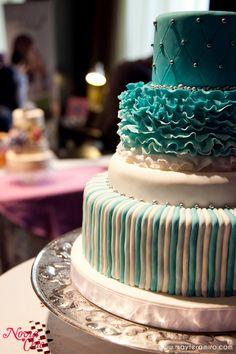 Tarta de bodas en turquesa y blanco de Pâstel House