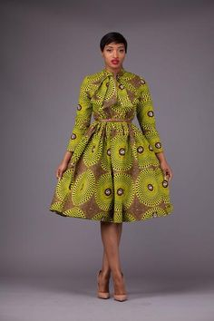 Here at Grass-fields we have an awesome range of African dress designs. Whether you're after an African print maxi or midi dress, we've got something for you. Latest African Fashion Dresses, African Dresses For Women, African Print Dresses, African Print Fashion, Africa Fashion, African Attire, African Wear, African Traditional Wear, Kente Styles