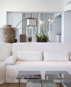 #white interieur @}-,-;--