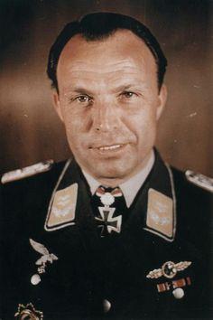 Oberleutnant Emil Lang (1909-1944), Staffelkapitän 9./Jagdgeschwader 54, Ritterkreuz 22.11.1943, Eichenlaub (448) 11.04.1944