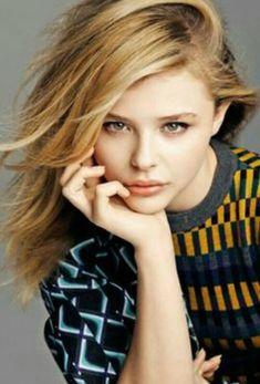 "ms-moretz: ""Chloe Moretz for Russian Cosmopolitan [November "" Chloe Grace Moretz, Beautiful Celebrities, Beautiful Actresses, Cosmopolitan, Carrie, Chloé Moretz, Hit Girl, Atlanta, Greta"