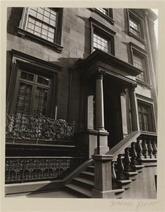 """The """"Robertson stoop"""" at the J. P. Morgan house, 231 Madison Avenue at 36th Street. 1937"""