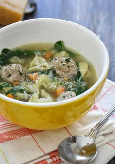 Turkey Meatball Spinach Tortellini Soup | Skinnytaste Yummy and satisfying! Easy too!
