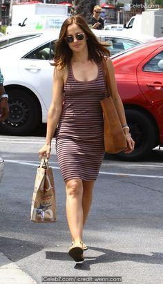Minka Kelly Goes shopping at Bristol Farms in Los Angeles http://icelebz.com/events/minka_kelly_goes_shopping_at_bristol_farms_in_los_angeles/photo1.html