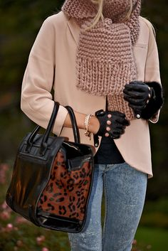 LOVE this zara bag!