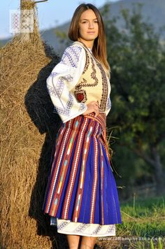 Popular Folk Embroidery Romanian national costume from Oltenia worldwide shipping Folk Embroidery, Embroidery Patterns Free, Learn Embroidery, Embroidery Designs, Popular Costumes, Costumes For Sale, Romanian Girls, Ethnic Dress, Boho Fashion