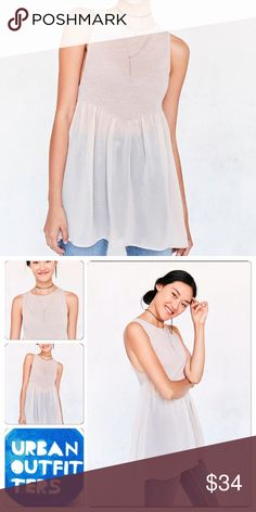 Urban outfitters babydoll L Brand new with tags super feminine and comfy. 🌷 bundle and save in shipping/discount. Urban Outfitters Tops Blouses