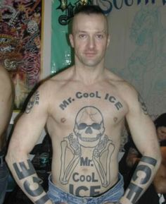 16 Terrible Tattoos that Should Have Never Seen the Light of Day Really Bad Tattoos, Horrible Tattoos, Weird Tattoos, Funny Tattoos, Worst Tattoos, Tatoos, Pretty Tattoos, Awesome Tattoos, Dumbest Tattoos