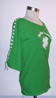 This is a super simple, no-sew t-shirt I made for St. Patrick's Day. I wrote an E-How with instructions on how to make one at www.ehow.com/how_4833604_design-own-tshirts.html     mg