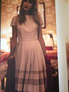Vintage dress by t-swift