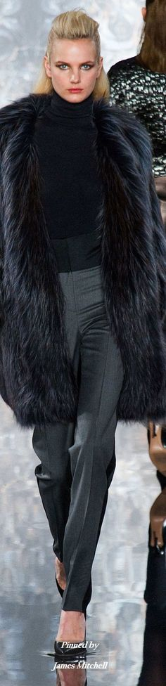 Valentin Yudashkin Collection Fall2014 Ready to Wear