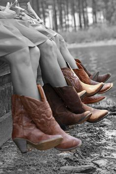 Cowgirl boots on the bridesmaids#Country #Western #Wedding … Wedding ideas for brides, grooms, parents & planners https://itunes.apple.com/us/app/the-gold-wedding-planner/id498112599?ls=1=8 … plus how to organise an entire wedding, within ANY budget ♥ The Gold Wedding Planner iPhone App ♥  http://pinterest.com/groomsandbrides/boards/  For more #Wedding #Ideas & #Budget #Options ... #Rustic #Country #Western #Cowboy #Cowgirl #Denim #HorseShoe
