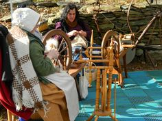 Barbara and Beth. Spinning and knitting away at Burgis Brook Alpacas Holiday Open Farm Days. The annual event on Thanksgiving Weekend. #burgisbrook