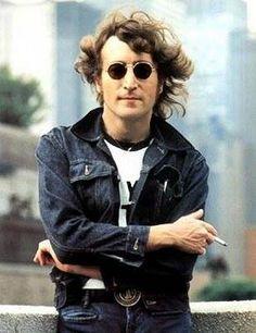 John Lennon was an English singer, songwriter, peace activist, and co-founder of the Beatles. Lennon was murdered in NYC in Imagine John Lennon, Paul Mccartney, John Lenon, Montreux Jazz Festival, Pochette Album, Rock Legends, Ringo Starr, Music Icon, Music Film