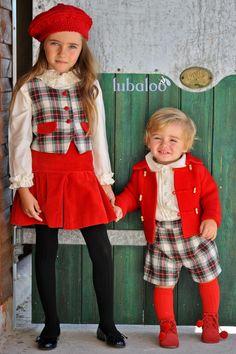 Color y estampados, ¡una apuesta segura! Nuestra firma Lubaloo os propone esta combinación de chaleco, falda y boina de punto para niña, a juego con un conjunto de niño de bermudas, camisa y chaqueta. #lubaloo #trendy #kids #modainfantil #fashion #lovely
