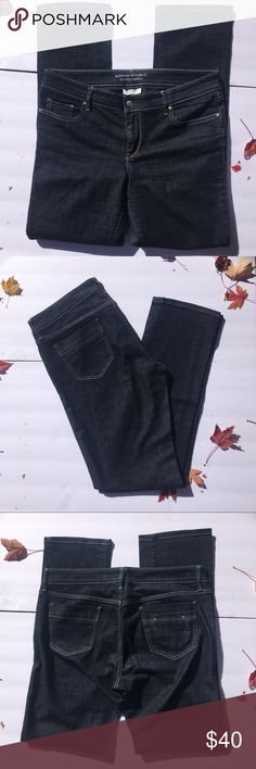 "Banana Republic Classic Skinny dark wash size 10 Banana Republic Classic Skinny dark wash size 10. Extra small studded pocket on back makes these really cute. In excellent used condition. Inseam approximately 32"". Waist is approximately 17 1/2"". Banana Republic Jeans Skinny"