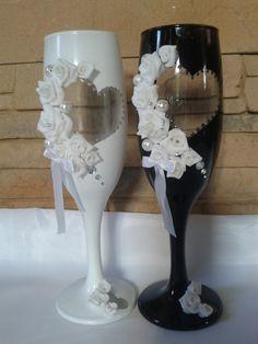 Kék rózsa esküvői pohár pár, Esküvő, Nászajándék, Esküvői dekoráció, Gyurma, Meska
