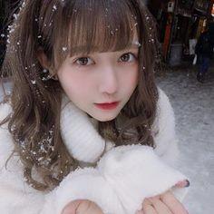 お知らせです。 . . なんとなんとなんとなんと!来年2月下旬に佐藤ノア、念願の初のフォトブックの発売が決定しました!東京と大阪での発売記念イベントも予定してます、もしかしたら追加もあるかも。詳しくはまた告知します。 今年の目標叶ったよっしゃ´•.̫ • `🧠❤︎わーーーい!  #佐藤ノア布教運動 タグ見るね! Cute Korean Girl, Pink Stars, Japanese Girl, Japanese Style, Asian Style, Pretty Hairstyles, Ulzzang, Cute Girls, Hair Cuts