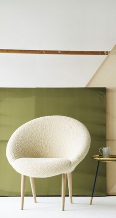 the moon chair is no ordinary all rounder