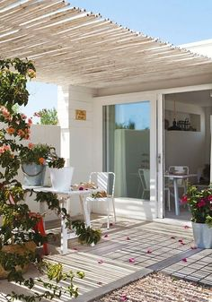 Charming summer house in Formentera. This is the kind of terraces I'd like to see from my dream living room. Outdoor Spaces, Outdoor Living, Outdoor Decor, Porch And Terrace, Home Deco, Interior And Exterior, Design Interior, Casas Interior, Modern Interior