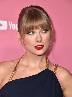 Taylor Swift at the Billboard Women in Music 2019 Taylor Swift Music, Taylor Swift Web, Taylor Swift Pictures, Taylor Alison Swift, Taylor Swfit, Selena, Billboard Women In Music, Pink Carpet, Pretty Eyes