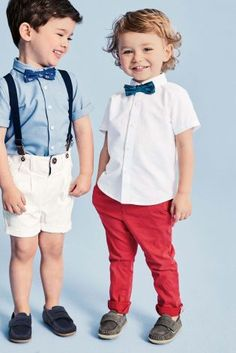 Our blue London bow tie is exactly what his party outfit is missing. One little addition to his ensemble - his adorable-ness goes to a whole other level! Little Boy Outfits, Little Boy Fashion, Toddler Boy Outfits, Baby Boy Fashion, Toddler Fashion, Kids Fashion, Fall Fashion, Outfits Niños, Kids Outfits