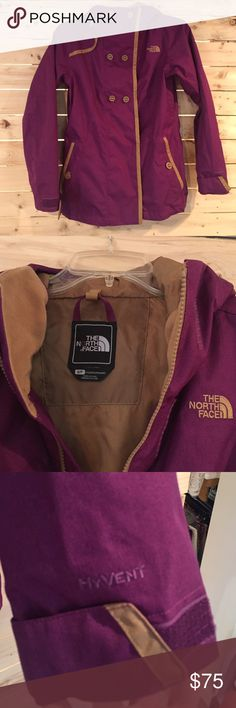 💫ONEDAYSALE💫 North face snowboard jacket North face shell jacket. Great condition. Worn once for 1 hour. Size Small. North Face Jackets & Coats