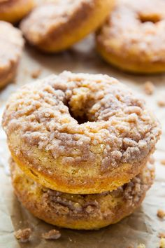 Baked not fried these Coffee Cake Donuts are ready in less than 30 minutes! The Vanilla Glaze makes them irresistible! Baked not fried these Coffee Cake Donuts are ready in less than 30 minutes! The Vanilla Glaze makes them irresistible! Delicious Donuts, Delicious Desserts, Yummy Food, Healthy Donuts, Cupcakes, Cupcake Cakes, Food Cakes, Baked Donut Recipes, Baking Recipes