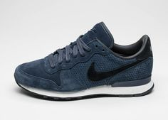 Nike Internationalist LX (Dark Obsidian / Black - Obsidian)