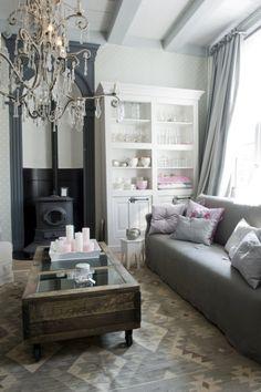 Helen en Frank de Boer - Living-in I want this rug!!!!! B