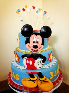 1000 images about minnie and mickey mouse cakes and tutorials on