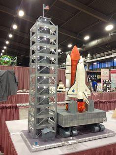 Space Shuttle Cake by RDPJCakes, via Flickr