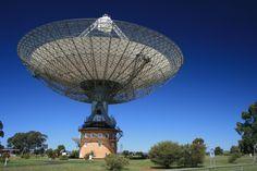 The Dish: Parkes radio telescope Radio Astronomy, Hydrogen Gas, Solar Activity, Moon Missions, Extra Terrestrial, Moon Landing, Light Year, Andalucia, Milky Way