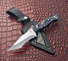 #knivesofinstagram #knifecommunity #knifeporn #customknives #denismuraknives #couteaux #knifeart #knifemaker #bestknivesofig #knivescollection #guildknife #fighterknife #messermacherguild #americanknifemakersguild