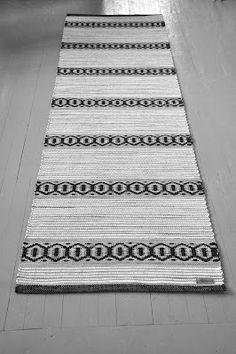 Weaving Projects, Weaving Art, Weaving Patterns, Loom Weaving, Tapestry Weaving, Hand Weaving, Tear, Textiles, Weaving Techniques