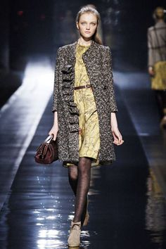 Etro Fall 2006 Ready-to-Wear Collection Photos - Vogue