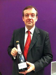 Mathieu Kauffmann, chef de cave de Bollinger, nous a honoré de sa présence et servait son champagne rosé. #degustation #idealwine